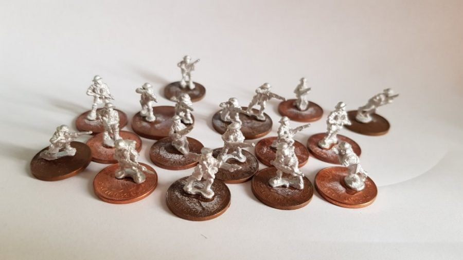 Painting 15mm British troops - all glued to their new cheap bases